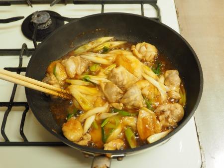 鶏餅炒め041