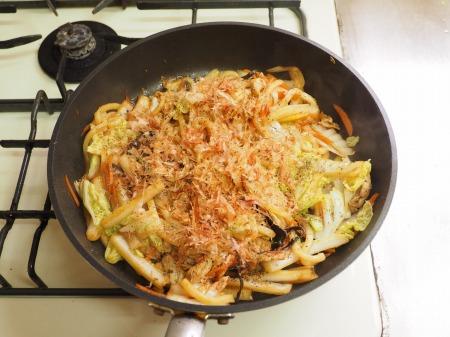たっぷり白菜の大盛り焼きうど045