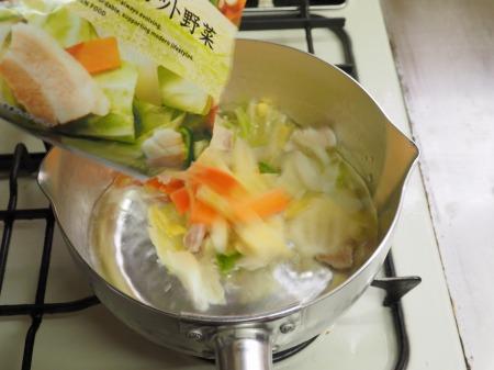 ミルク野菜チキンラーメン028