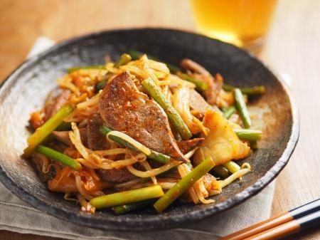 豚レバーのキムチ炒め020
