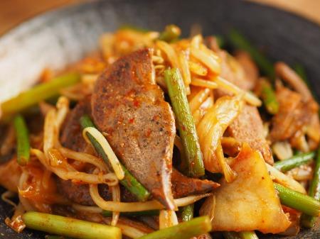 豚レバーのキムチ炒め029