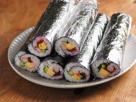 長い巻き寿司001