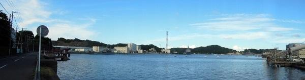 横須賀秘密の基地