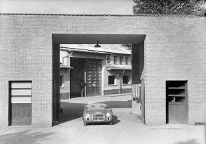 マラネッロの工場と125S