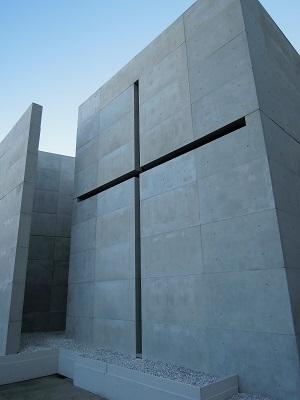 再現された光の教会