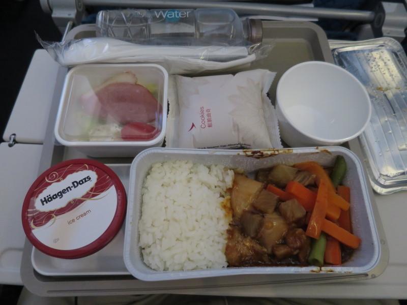 香港→青島 KA950 機内食