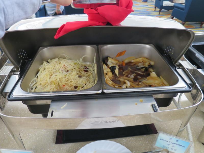 青島空港 ラウンジ 食事 しょぼい