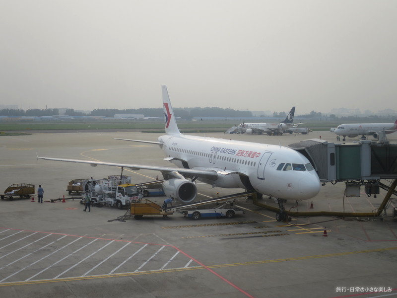 青島空港 中国東方航空 MU2059 機内食
