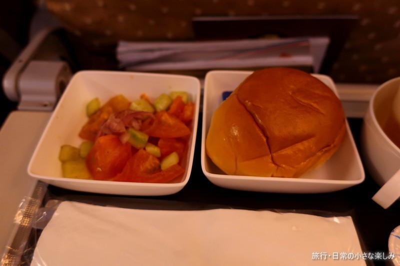 SQ619 機内食 関西-シンガポール