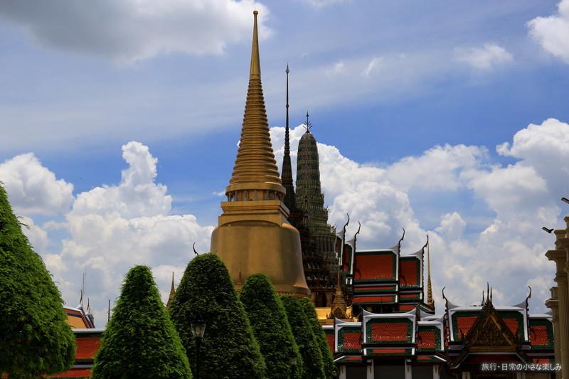 タイ 王宮 観光 夏