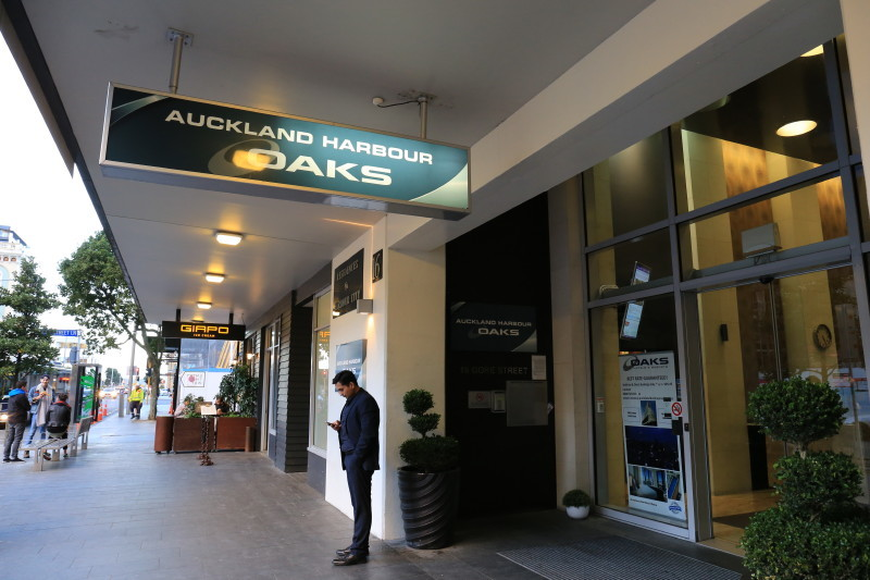 Oaks Auckland Harbour ホテル