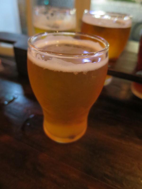 オークランド パブ BREW ON QUAY ビール飲み比べ