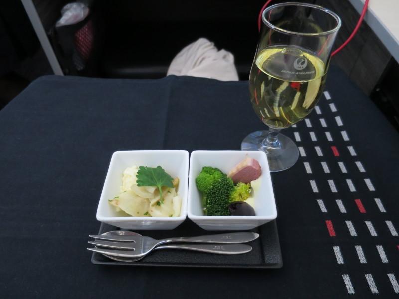 JL772 ビジネスクラス シドニー→成田 搭乗記 機内食