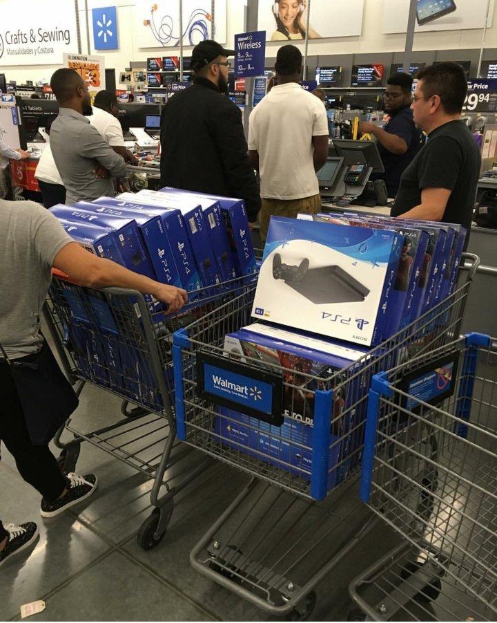 PS4転売目的手大量に買ってみた