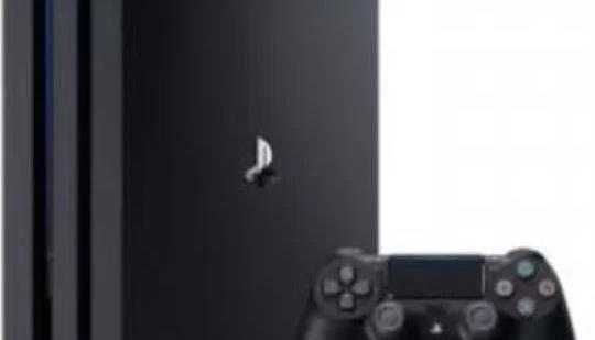 マイクロソフト幹部「PS4 Proには驚嘆した。しかし彼らが何をしたいのかさっぱりわからない」
