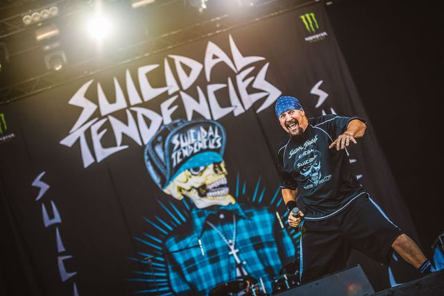 suicidal-tendencies-28b.jpg