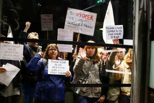 ポランスキー回顧映画祭に抗議