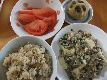 桜飯、和風麻婆豆腐、栗金団