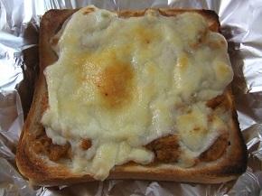 ミートソース&チーズトースト