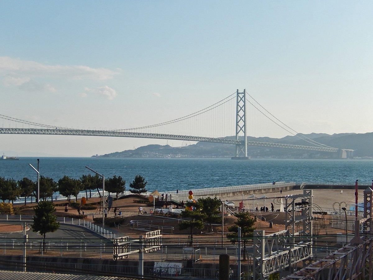 正月二日の明石海峡大橋