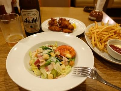 ファミレスで夕食