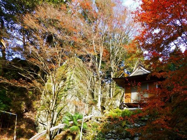 五十鈴神社拝殿