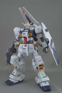MG ガンダムTR-1[ヘイズル改]のレビュー1