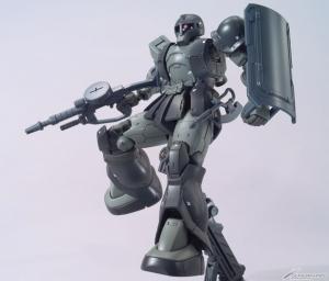 HG ザクI(キシリア部隊機) (2)