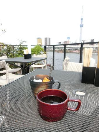 「ボン花火」(蔵前)のテラス席は極上、隅田川と東京スカイツリー!