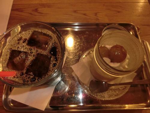 「イリヤプラスカフェ@カスタム倉庫」(浅草)でボッチ・コーヒー!