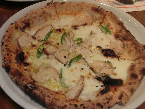 「イル・タンブレッロ」で、ピッツァを食べ「ケ・ブオーノ」と叫ぶ!