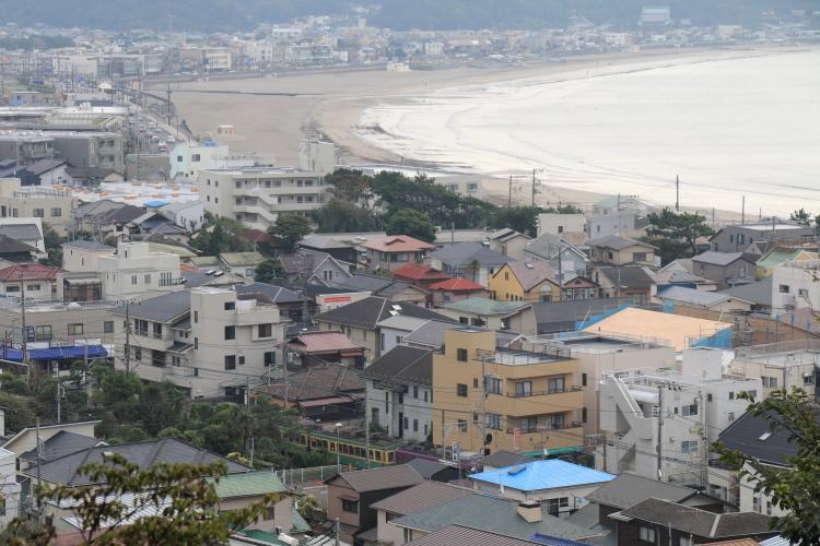 由比ガ浜と江ノ電-S
