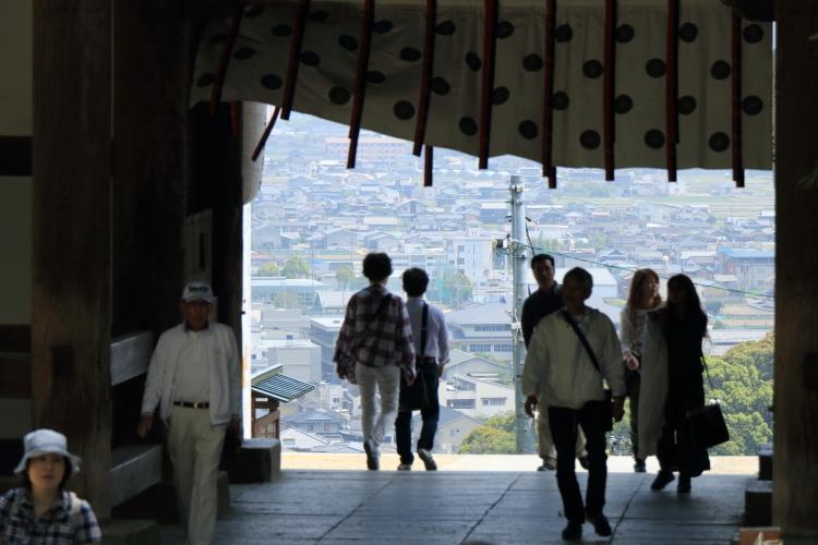 大門からの眺め2-Ss
