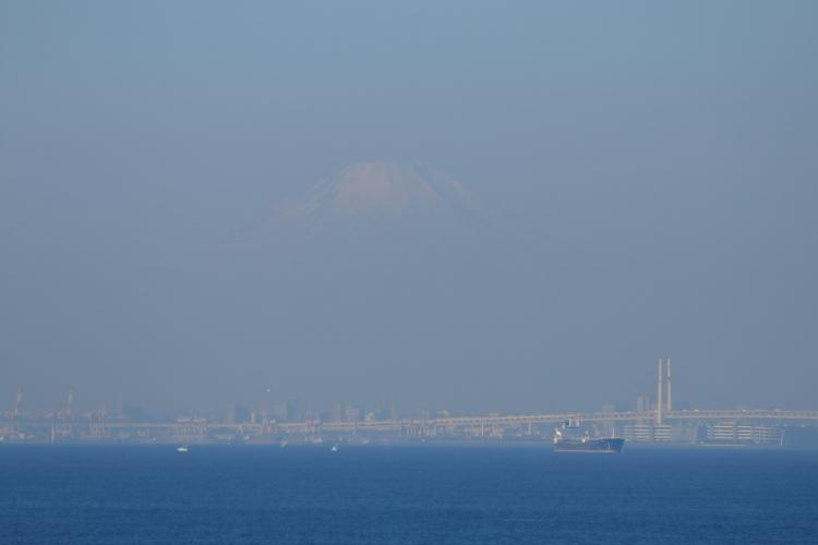 海ほたるから富士山-SA