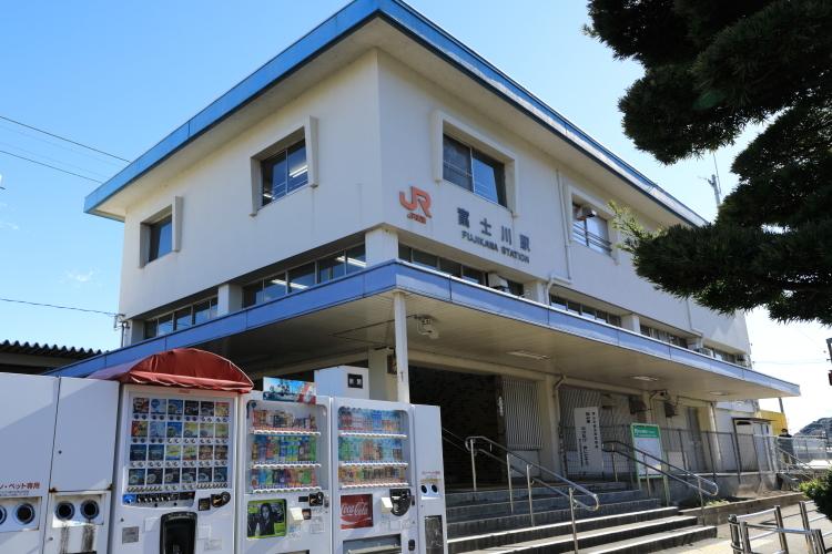 5Z2A3265 JR富士川駅S