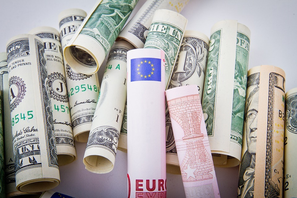ドルとユーロ