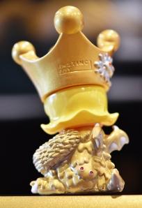 golden-crown-minierosionmolly-back.jpg
