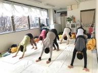 美しいハタヨガ指導者養成コースの様子 京都ヨガ IYC京都 RAISTA二条スタジオ