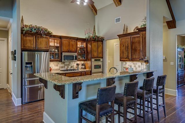 kitchen-interior-2046665_640.jpg