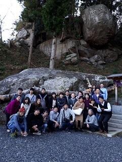 釣り石神社