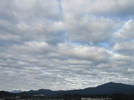 10月の大山の雲