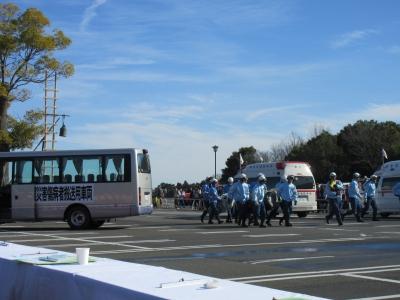 大規模災害負傷者搬送車両
