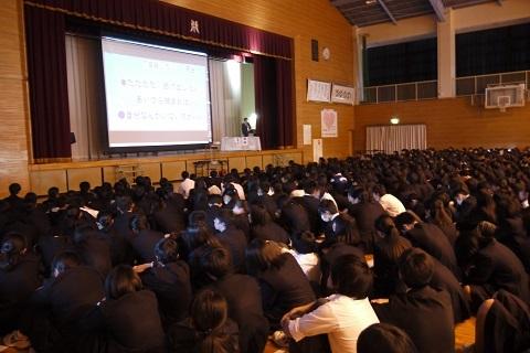 171121 中学校講演3