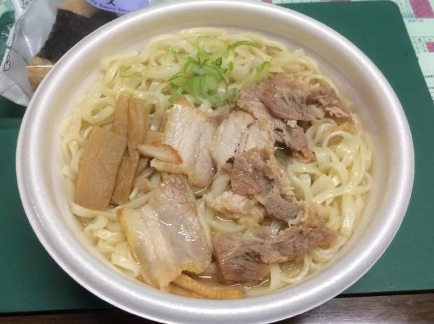 麺屋ようすけ@ローソン (2)