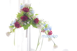 ほそぶちさん 非対称形の花嫁の花束