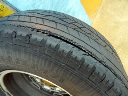 旧車 タイヤ交換