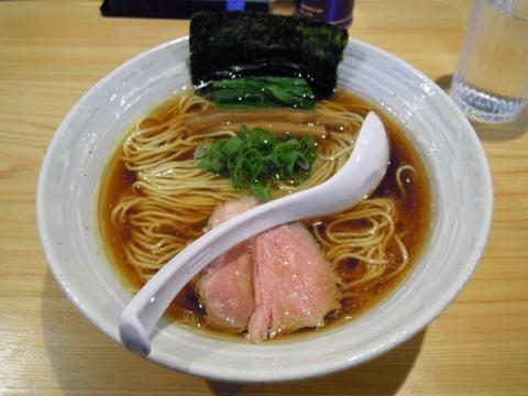 らぁ麺・醤油+チャーシュー盛ハーフ
