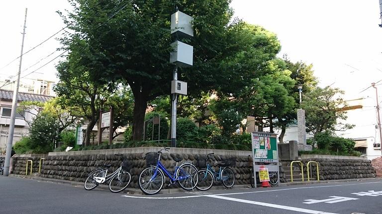 07 妙亀塚遠景