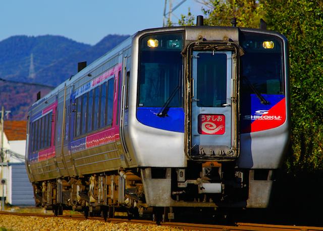 171217 JRS DC2000 Uzushio1