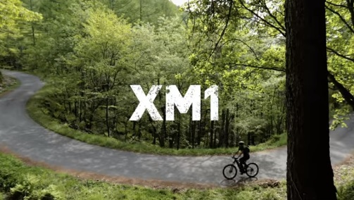 XM1 1